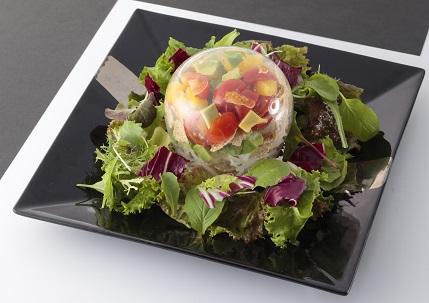 アボカドと玄米フレークの水晶サラダの登場